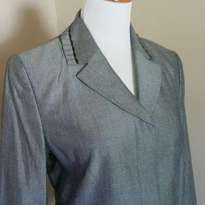 Pleated neck Kasper gray blazer